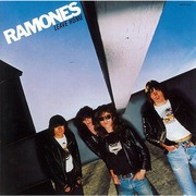 The Ramones / ラモーンズ「LEAVE HOME(Expanded & Remastered) / リーヴ・ホーム+16」